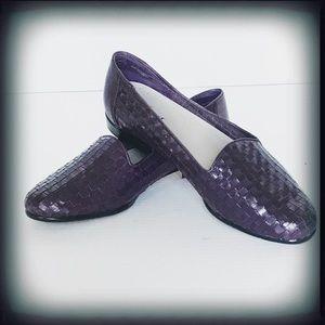 Trotters Eggplant Purple Weaved Loafer 9W EUC